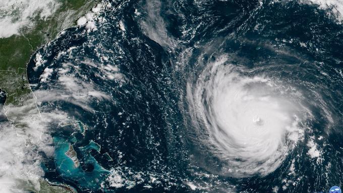 Le 11.09.2018:États-Unis : état d'urgence et évacuation en masse avant l'arrivée de l'ouragan Florence