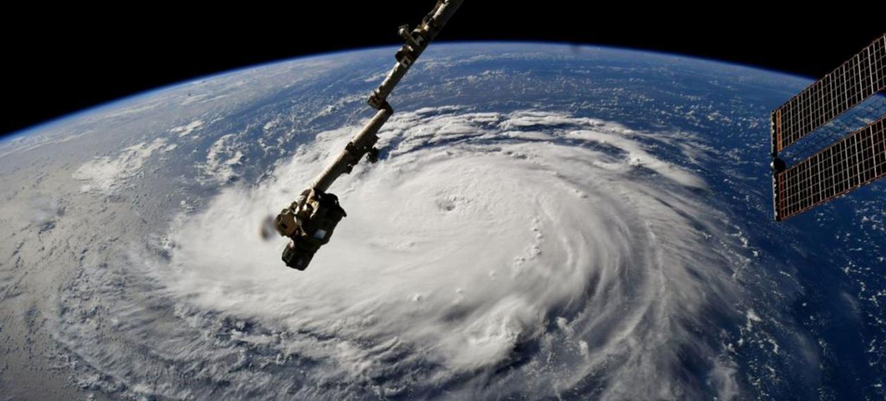 Le 12.09.2018:Le puissant ouragan Florence menace 500 km de côtes de l'est des États-Unis