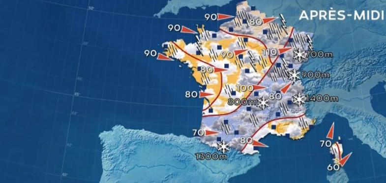 Météo : la tempête Isaias a traversé la France, 129 km/h sur les Vosges, des TGV supprimés dans l'Est